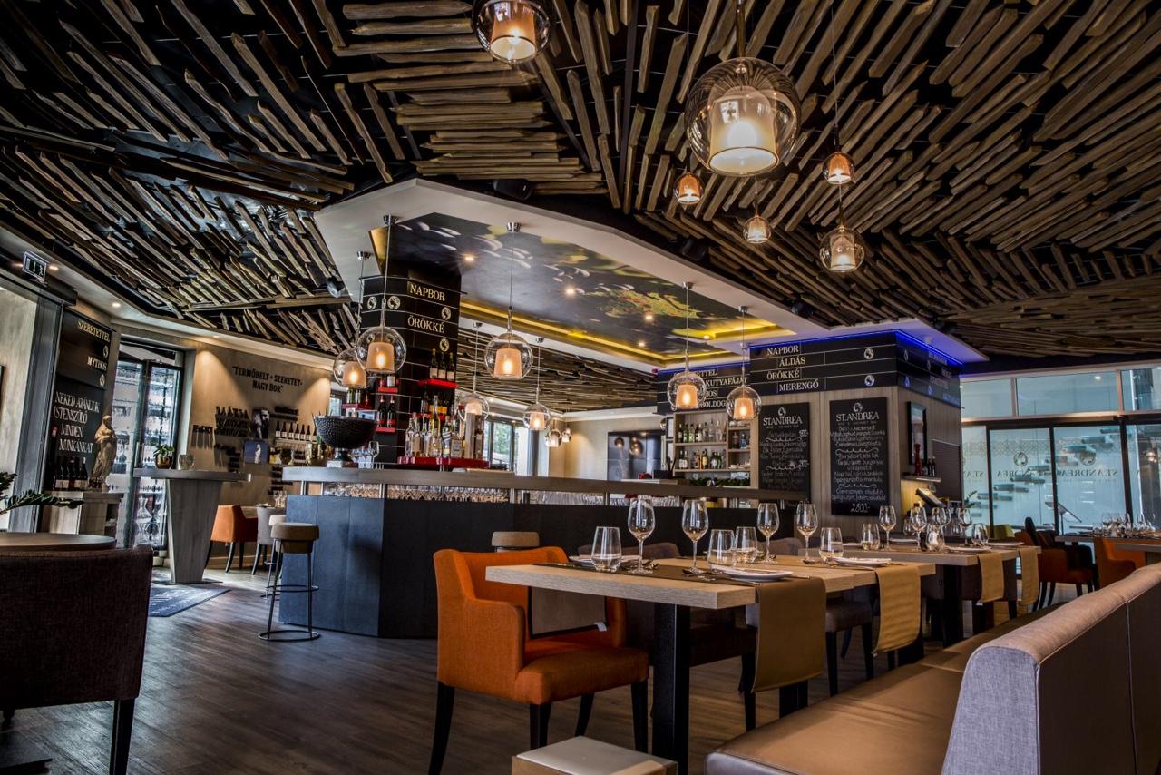 Varga Zita - St. Andrea Wine & Gourmet Bar